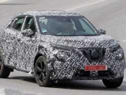Новый Nissan Juke заметили на тестах