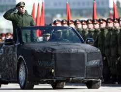 В Минпромторге отказались передавать кабриолеты Aurus чиновникам