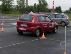 В ГИБДД предложили ужесточить контроль за автошколами