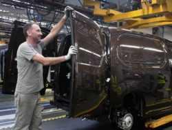 Спасибо, Opel: группа PSA расширяет производство в России