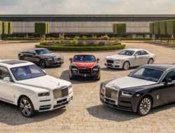Продажи автомобилей Rolls-Royce в России выросли почти вдвое
