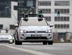 Volkswagen начал тесты автомобилей с автопилотом четвертого уровня