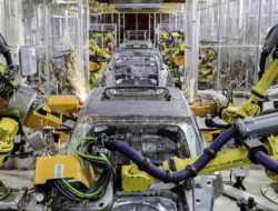 PSA попросила поддержки у Минпромторга для развития производства в России