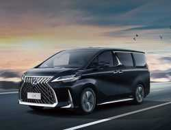 Lexus вывел на рынок свой первый минивэн