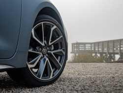 Toyota анонсировала премьеру совершенно нового кроссовера
