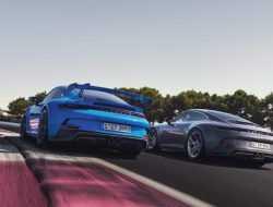 Экстремальный Porsche 911 GT3 обзавелся «спокойной» версией Touring