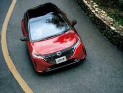 Новый Nissan Note получил дорогую версию Aura