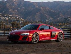 Новый Audi R8 придется ждать на два года дольше